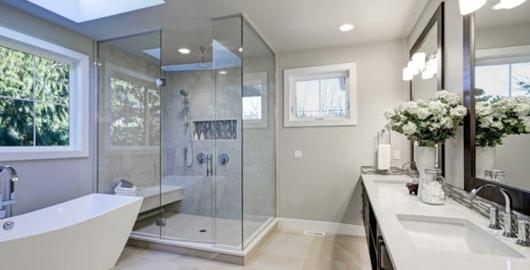 Lekkage in de badkamer: oorzaken, behandelingen en prijzen