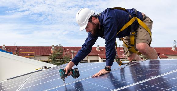 Vind een erkende zonnepanelen installateur